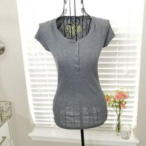 Kirra Short Sleeve Grey Top